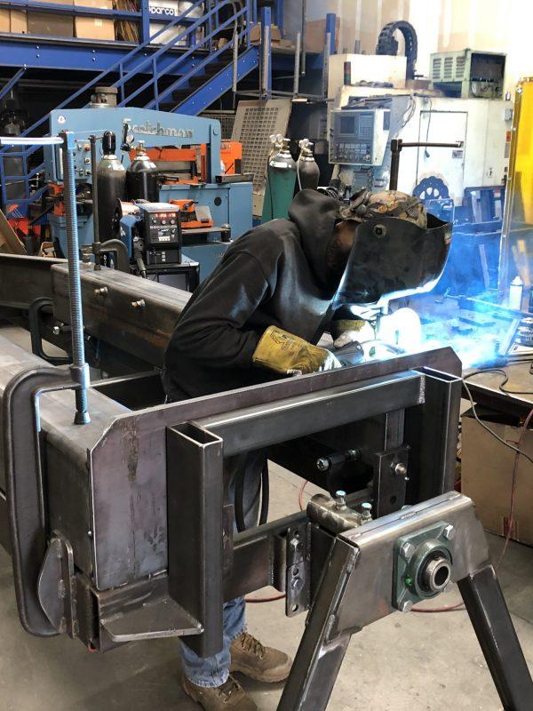 shop-welder-1